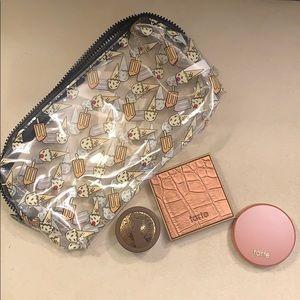 Tarte bundle with make up bag
